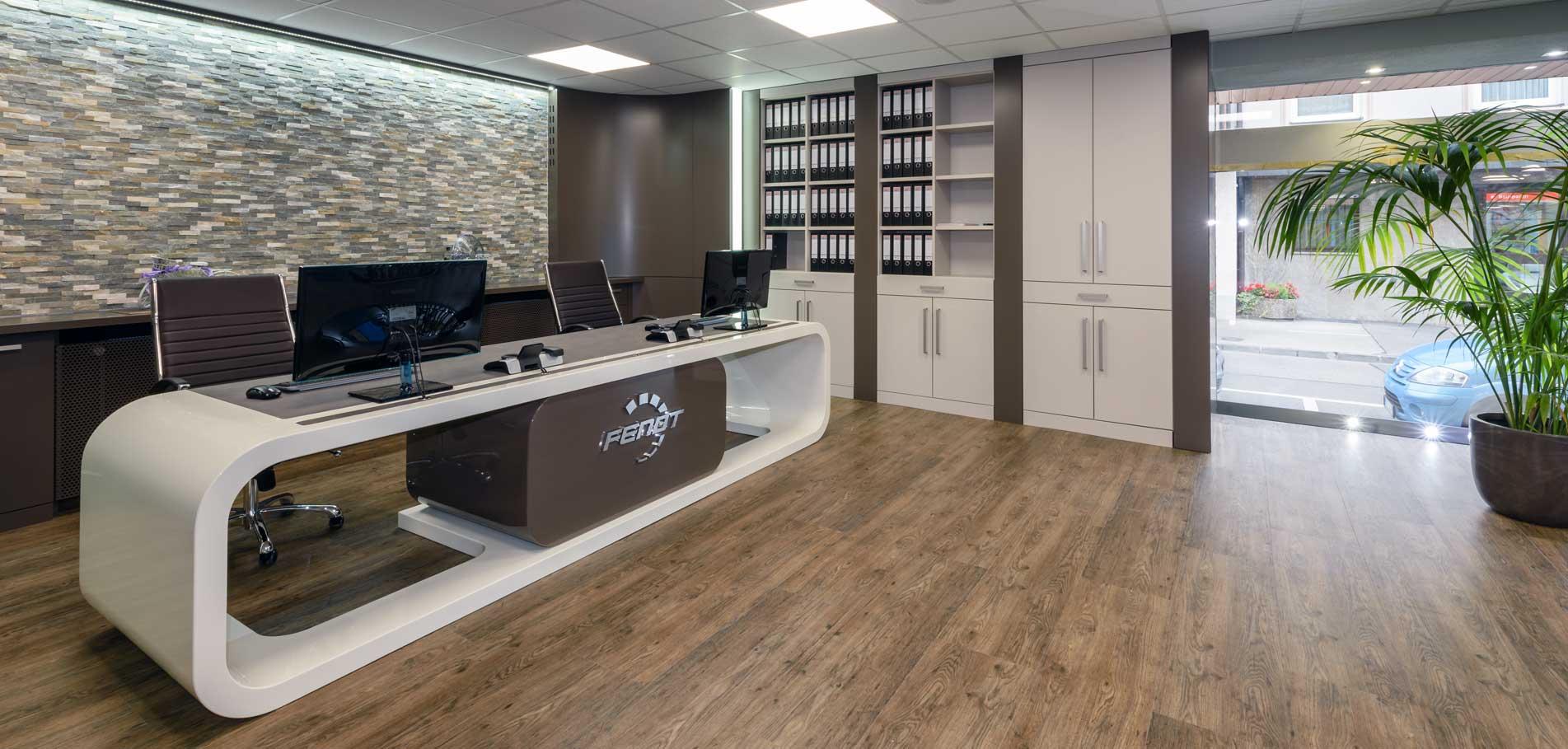 Büroeinrichtung von Schreinerei Weber