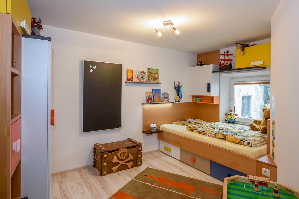 Kinderzimmer 144 schreinerei weber - Tafelwand kinderzimmer ...