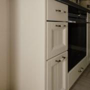 küche-fichte-massiv-landhausstil-rahmenfronten