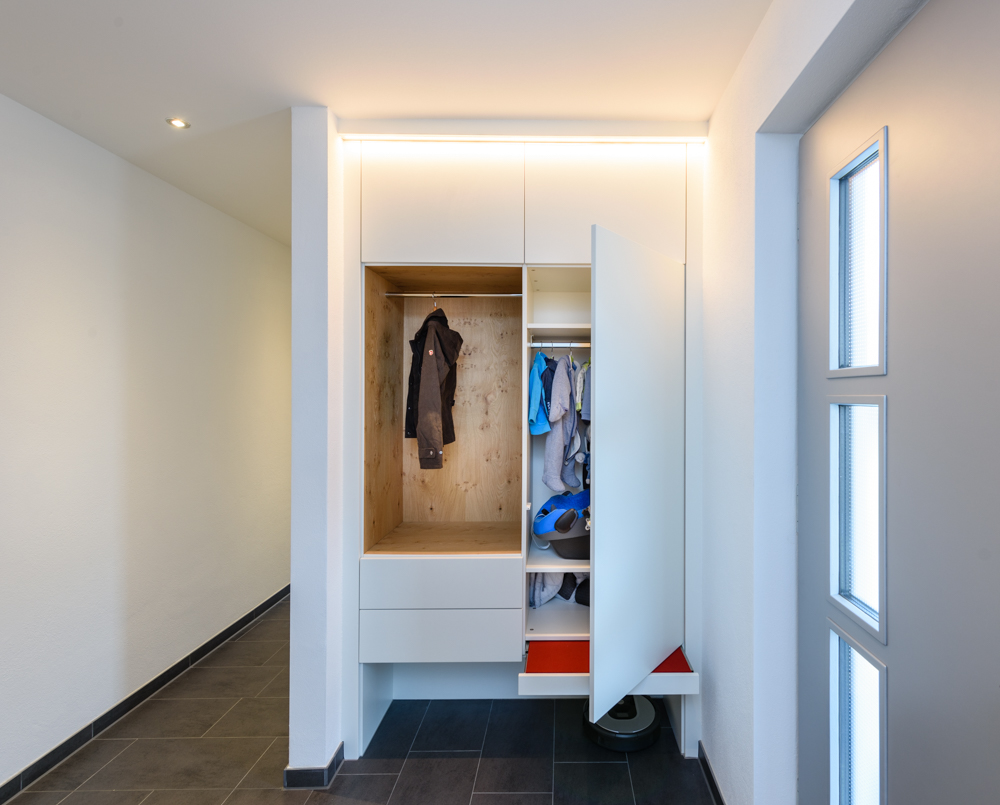 Garderobe mit LED Beleuchtung